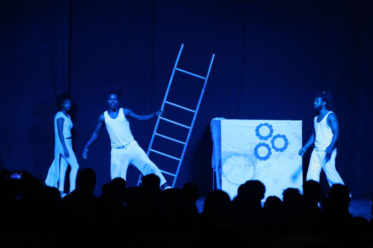 Attori sul palco
