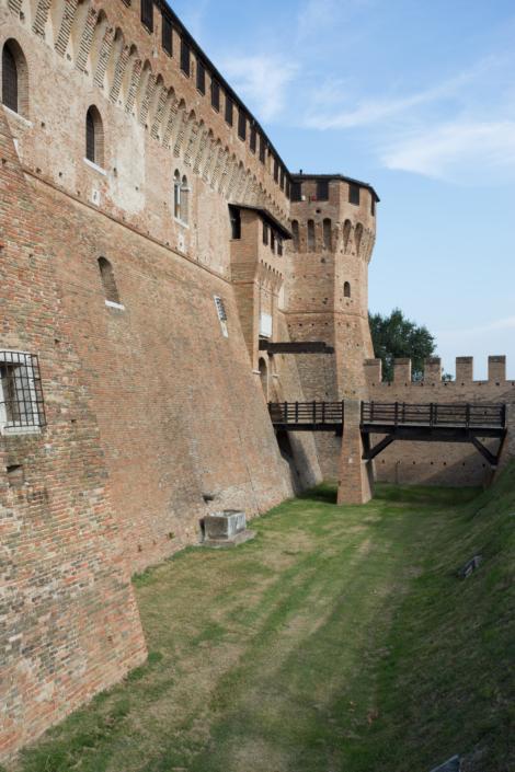 Castello di Gradara - Fossato